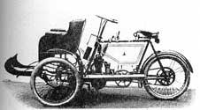 1905 : tricycle à refroidissement liquide