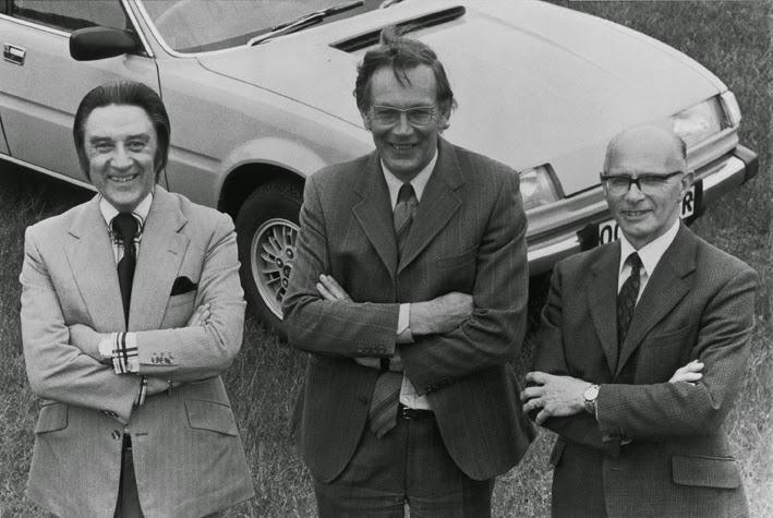 De gauche à droite : David Bache, Spen King, Gordon Bashford, devant la SD1